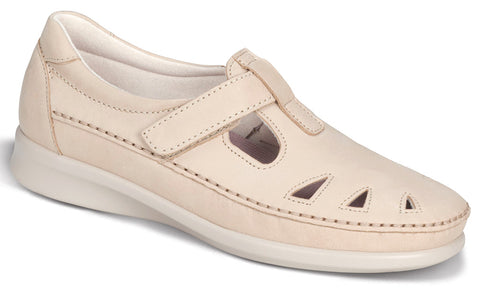 SAS Roamer in Linen Nubuck - Right 3/4 View