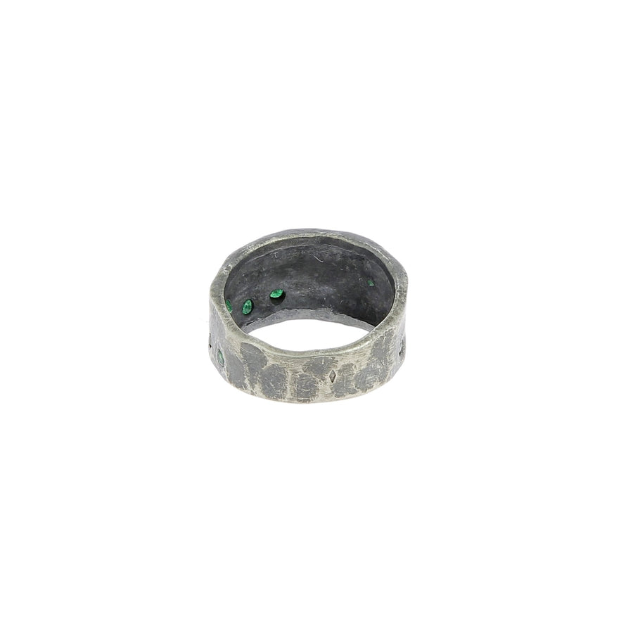 Silver ring 10 emeralds
