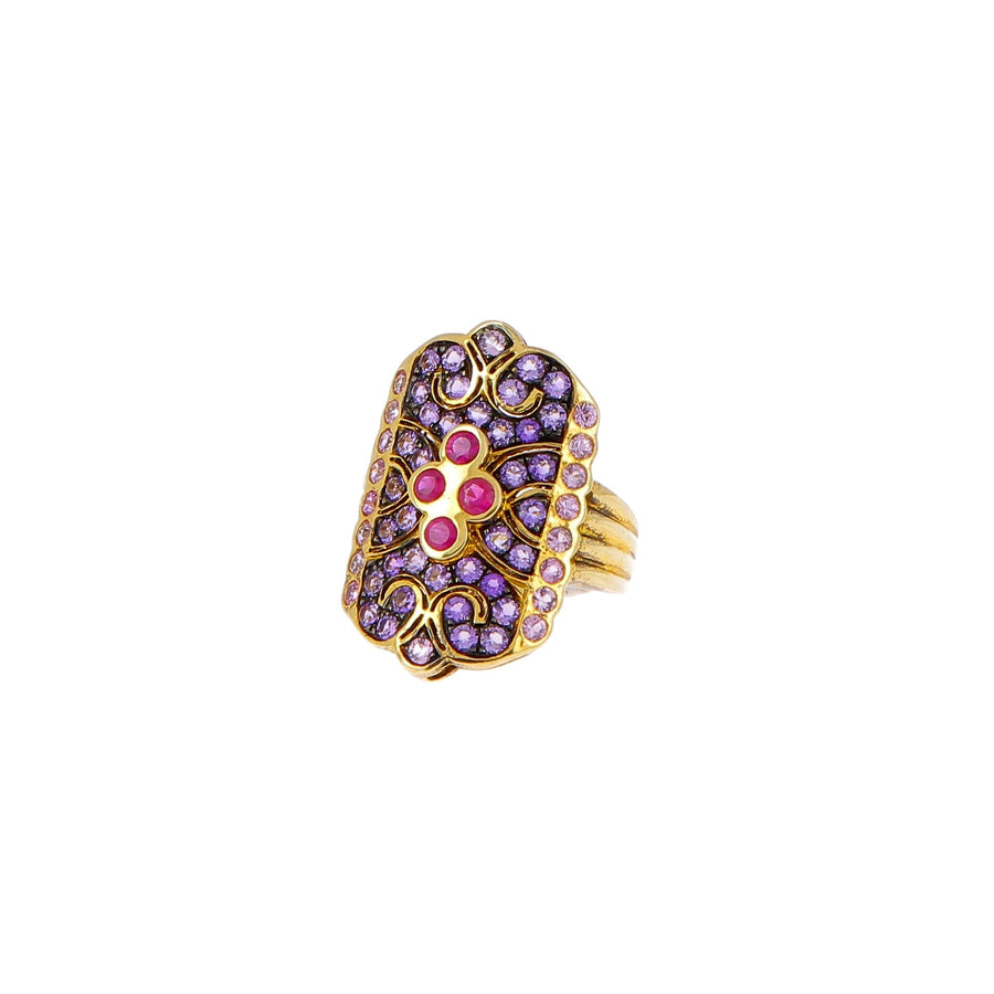 Ring rubies, sapphires and purple roses