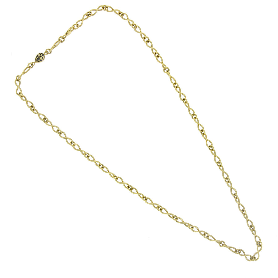 Yellow gold chain links