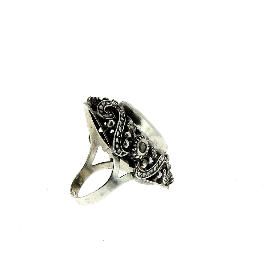 Mariach ring with diamonds