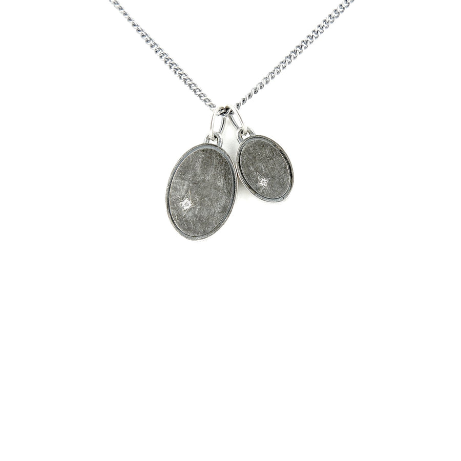 The Gudo Oval Necklace