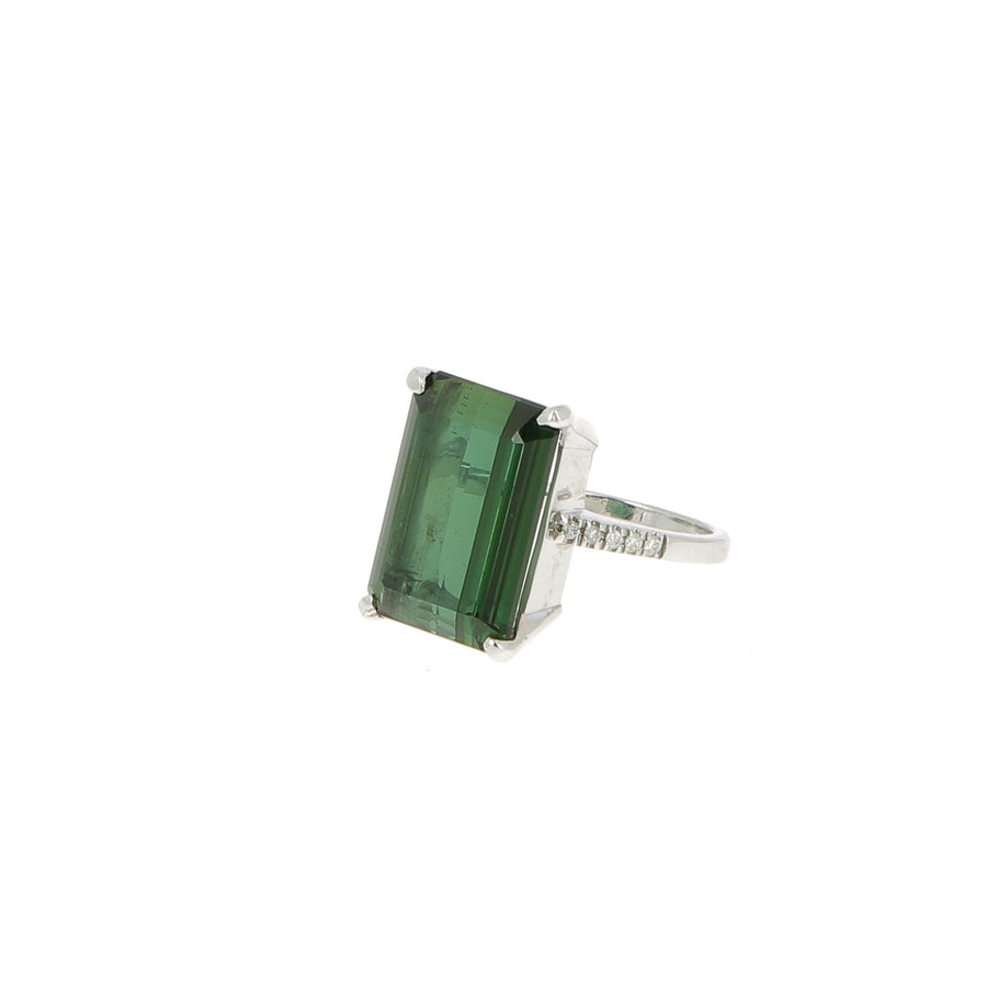 White Gold and Green Tourmaline Ring