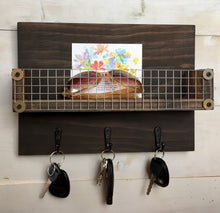 Load image into Gallery viewer, Rustic Key Rack - Bravenity