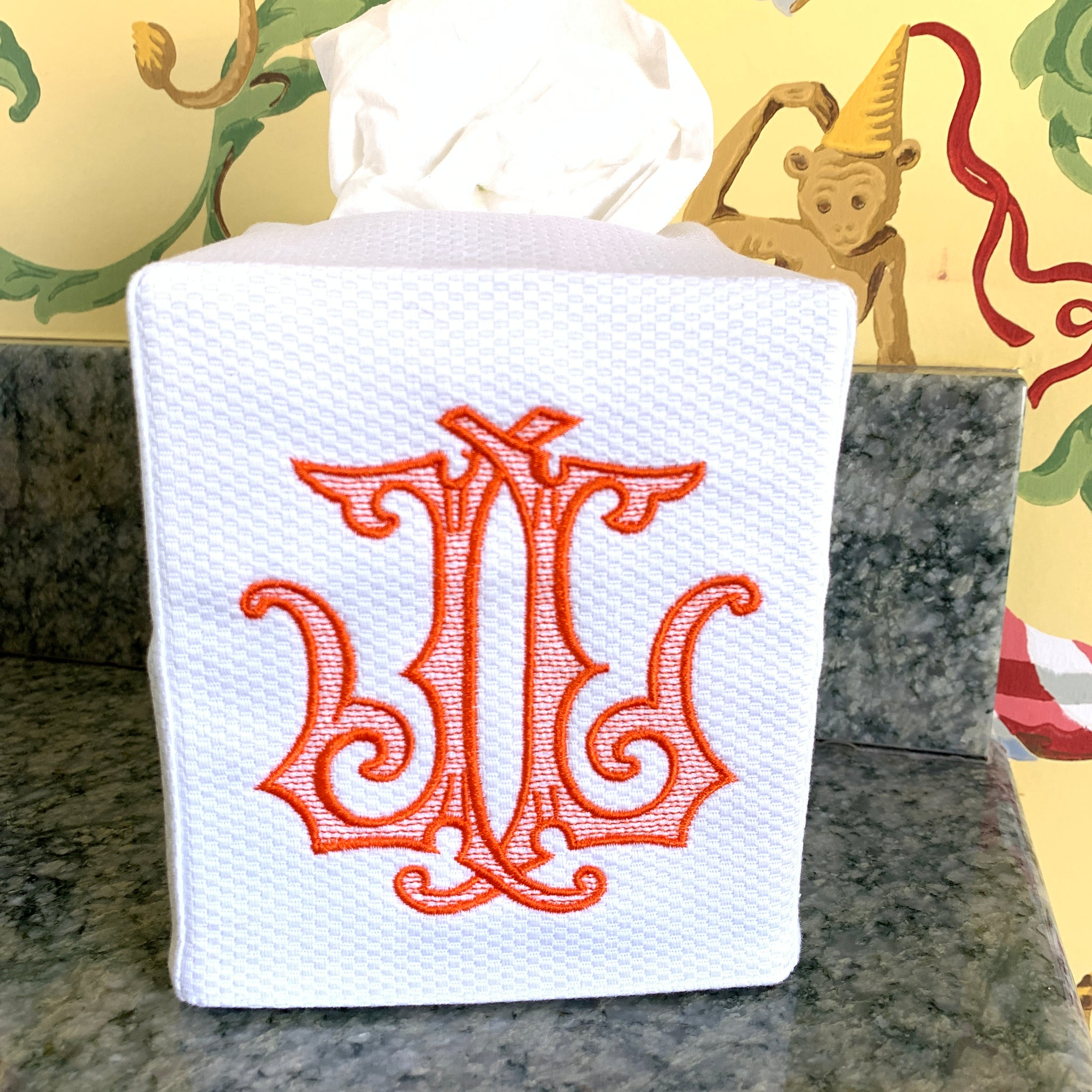 Piqué Tissue Box Cover