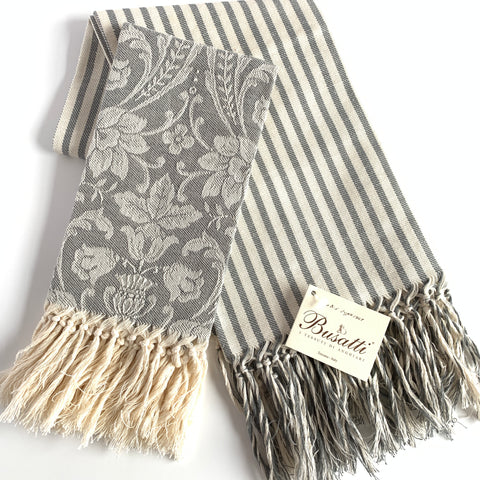 Donna di Coppe Long Fringe Guest Towel