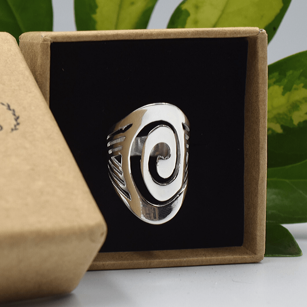 Ultra Gloss Spiral Boho Wave Silver Ring - Lemon and Twig