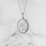 Oval Locket Engraved 21mm.