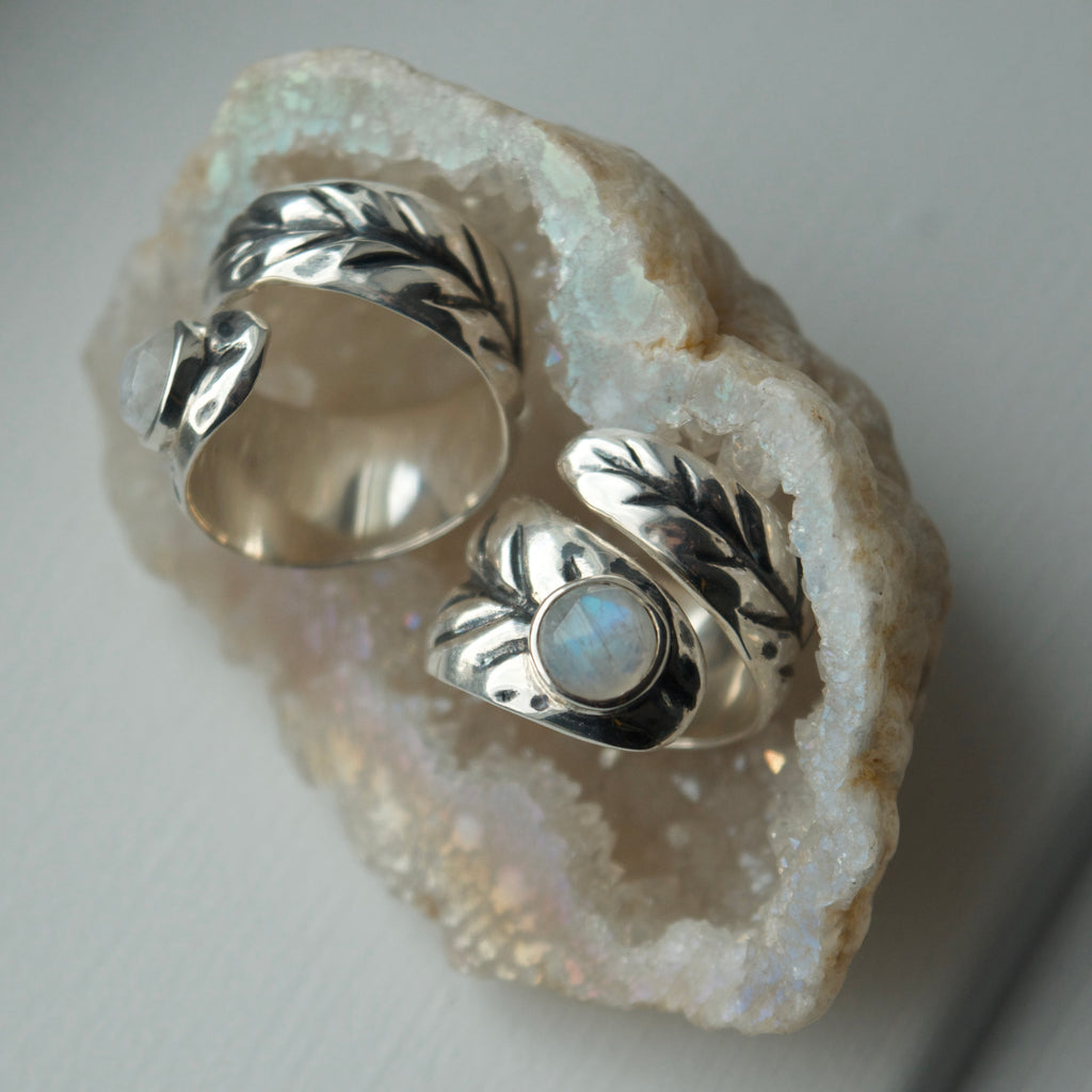 Wrap around Leaf Ring with Moonstone