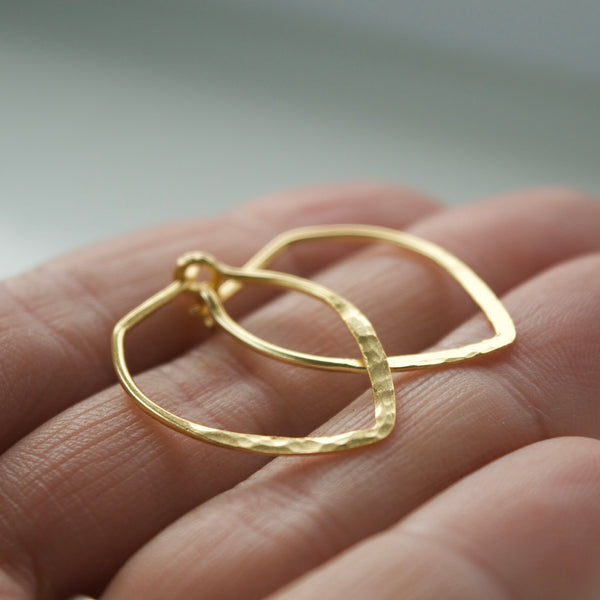 Power Hoop Hammered Earrings Yellow Gold