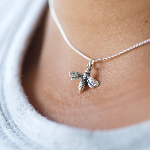 Tiny Bee Charm Necklace Rose Gold
