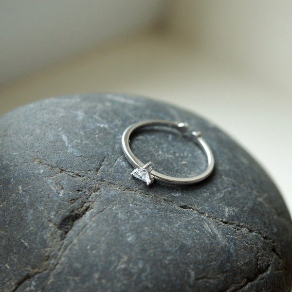 Dainty Triangle Ring