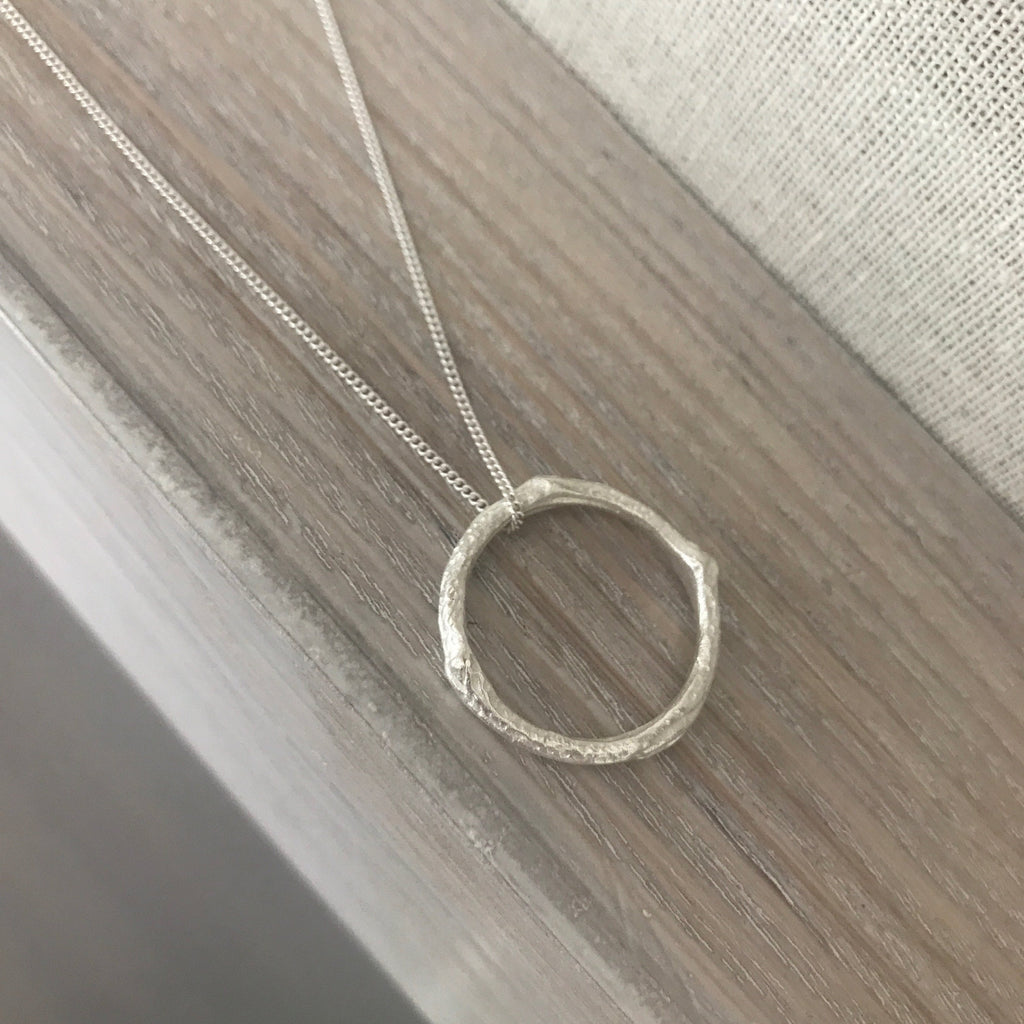 Twig Infinity Necklace Silver