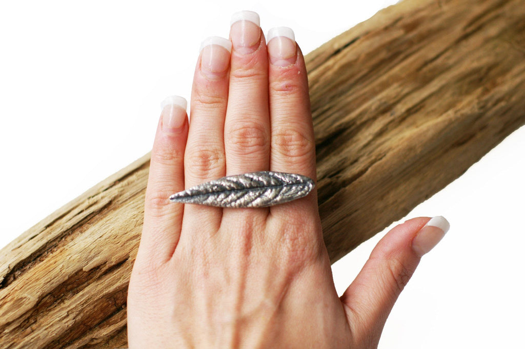 Long Leaf Ring Fashion