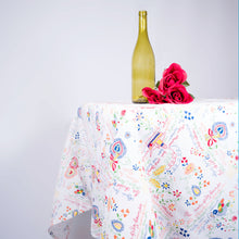 Load image into Gallery viewer, Bordados de Namorados _  Table Cloth