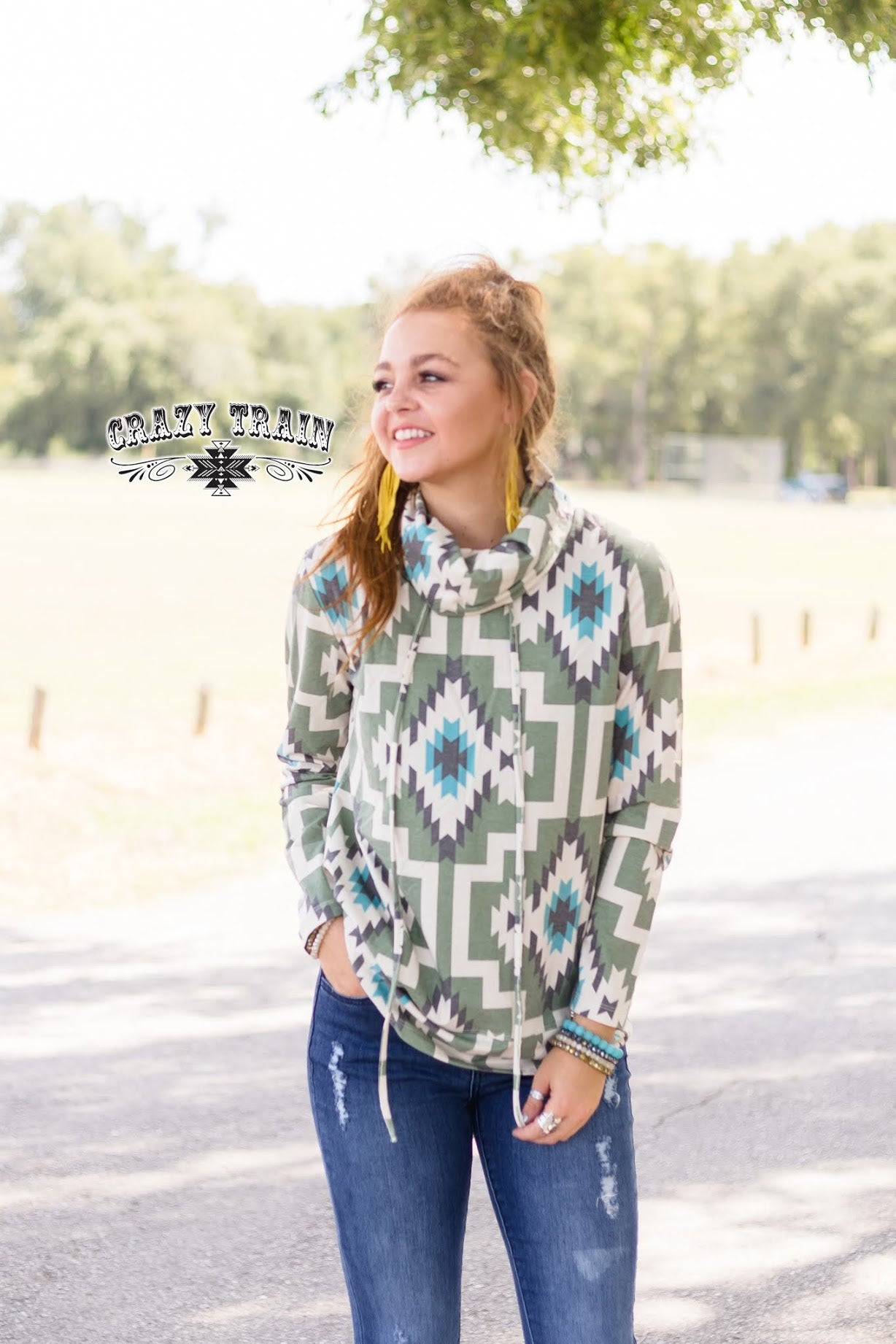 Hang Ten Honcho Pullover in Olive Aztec