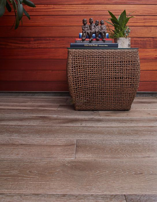 AMERICAN GUILD, VIRGINIA COBBLESTONE : 7 7/16 INCH WIDE, WHITE OAK ENGINEERED HARDWOOD