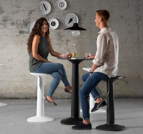 PLUST Tool Round Bar Table