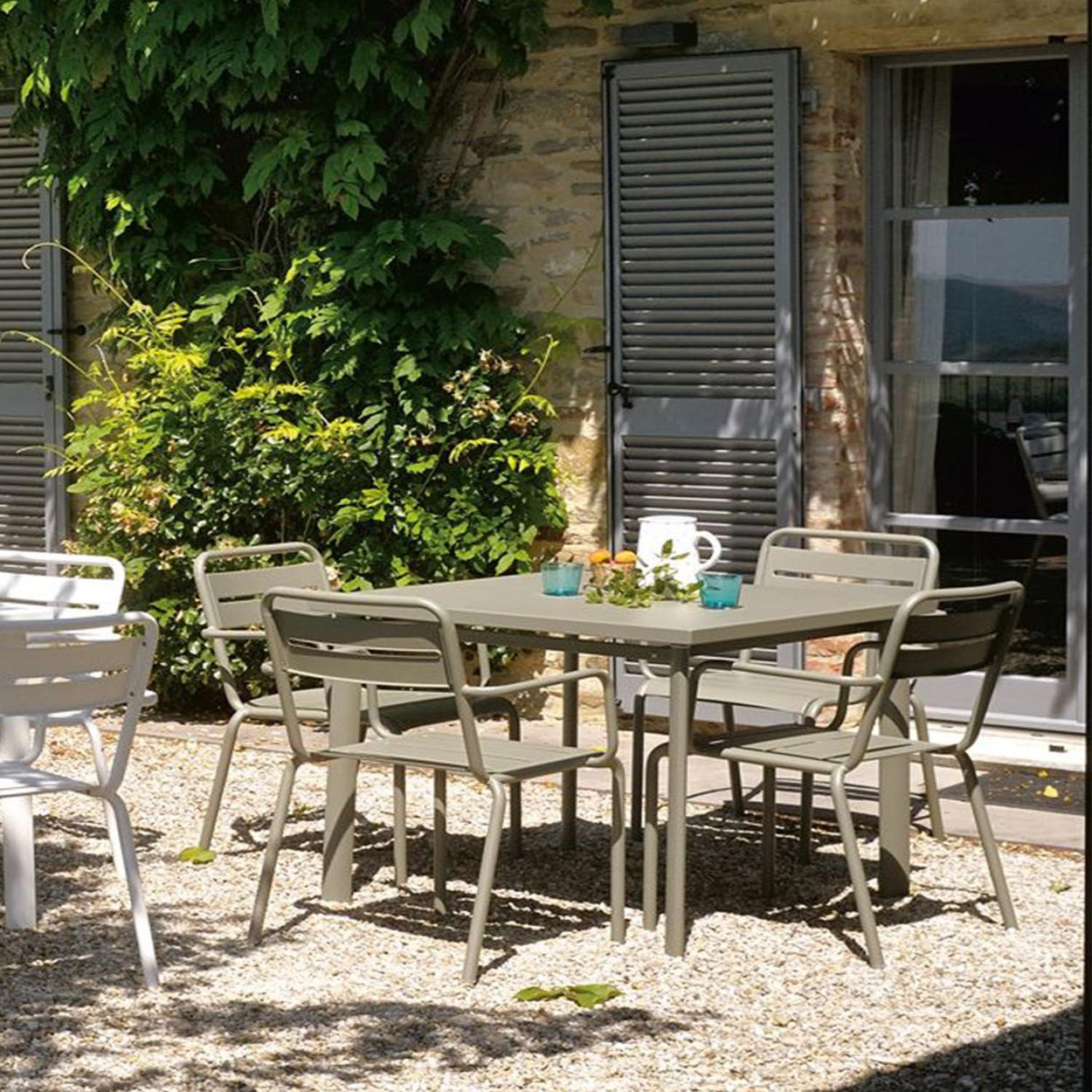 EMU STAR 4 Seater Square Garden Dining Set