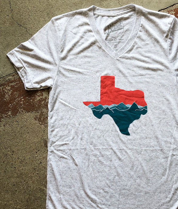 Texas Mountains - Unisex V-Neck