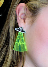 Load image into Gallery viewer, Alien Pizza Abduction Earrings