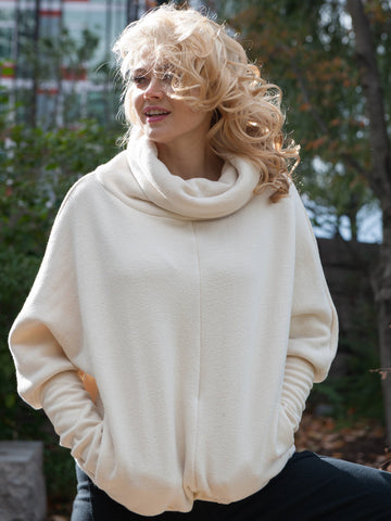 10% OFF: The Felicity Cocoon in Ivory
