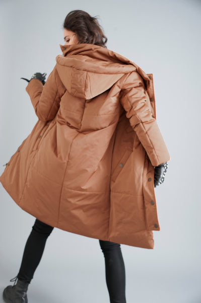 The Satin Casto Parka in Copper