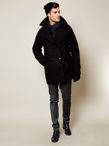 Preorder: The Classic VAUTE Peacoat in Black on Him