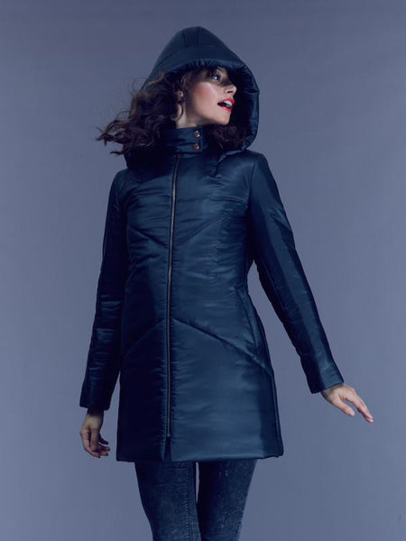 SHIPS NOW 35% OFF: The EMMY A-Line Snow Coat - Black