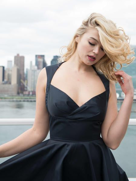 The AUDRE Sweetheart Dress in Satin - Midnight