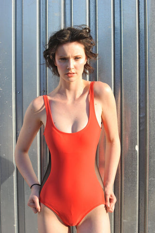 50% OFF: VAUTE Classic Scoop One Piece in Ariel's Hair Red