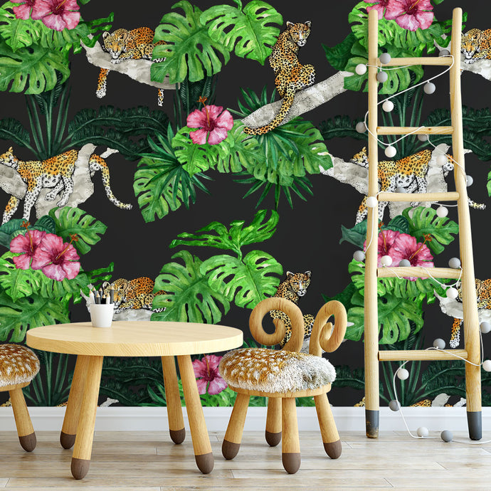 Lounge Leopards Wallpaper (Black)