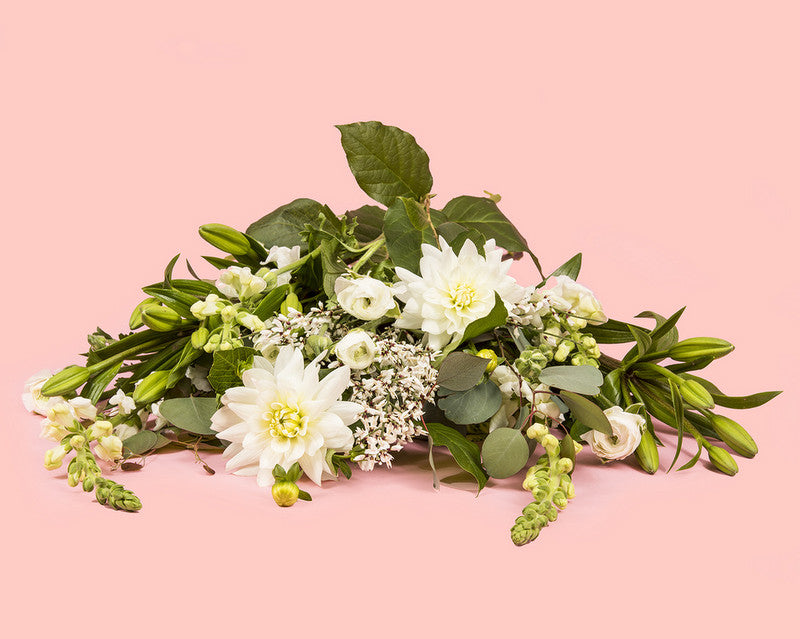 Brides.com shares why Bloom2Bloom Flowers are a perfect gift