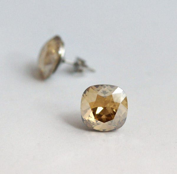#CS14- Golden Shadow Crystal Studs
