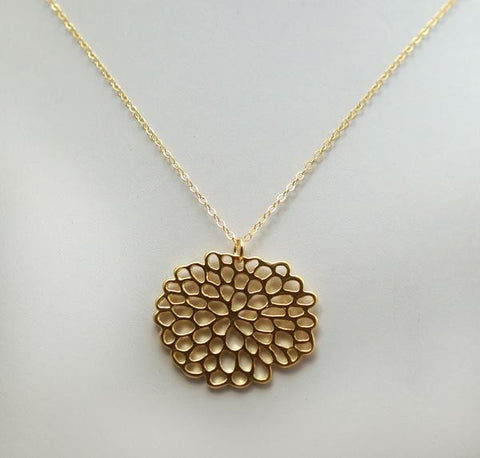 #N-MM24G-Lotus Flower Necklace- Gold