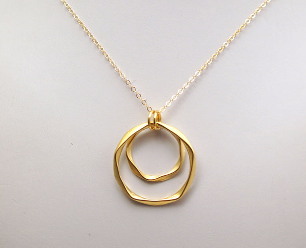#N-MM21G-Bold Hammered Ring Necklace- Gold