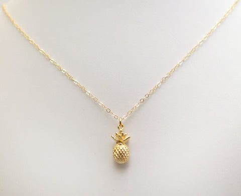 #N-MM28G-Pineapple Necklace- Gold