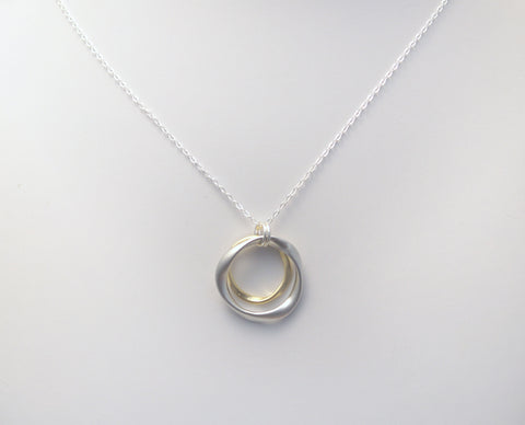 #N-MM14SG- Hammered Ring Necklace- Silver Gold