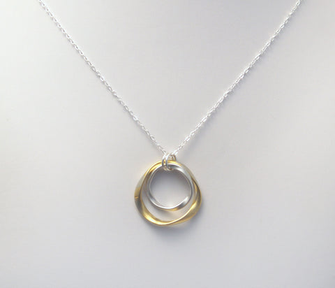 #N-MM44GS- Hammered Ring Necklace- Gold Silver