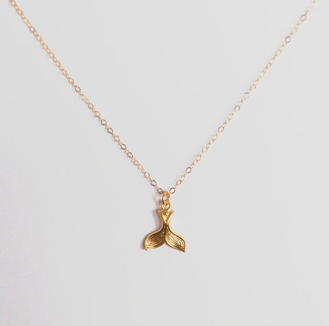 #N-MM012- Whales Tail Necklace- Gold