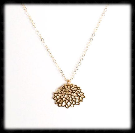 #MM39N-Petite Chrysanthemum Necklace- Gold
