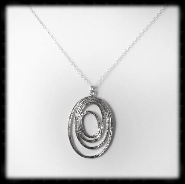 #MM6N- Abstract Oval Necklace- Silver