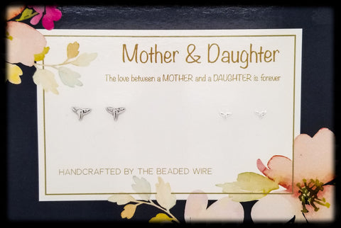#MOMSG93- Mother & Daughter Earring Set- Whale Tail