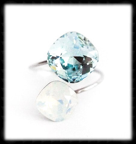 #R9921- Sparkling 2 Tone Ring- Azore White Opal