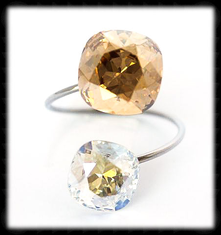 #R9901- Sparkling 2 Tone Ring- Golden Moon