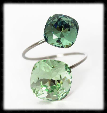 #R99999- Sparkling 2 Tone Ring- Chrysolite Erinite