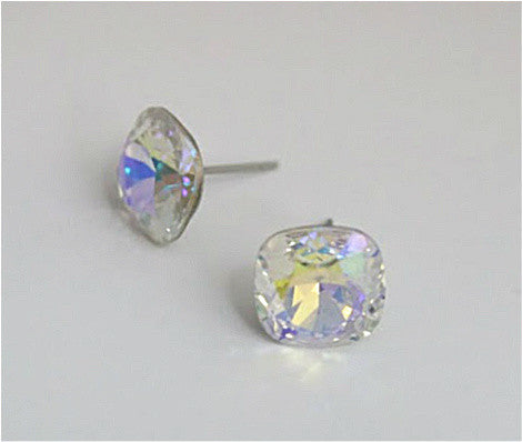 #CS21- Iridescent Crystal Studs