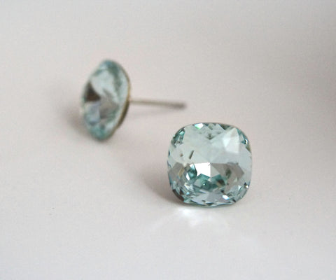 #CS22- Light Azore Crystal Studs