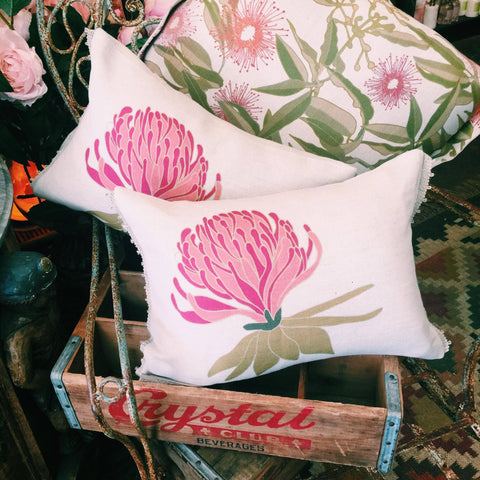Waratah 2 (front cushion pictured)
