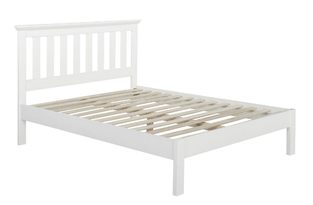 Lilly bedframe